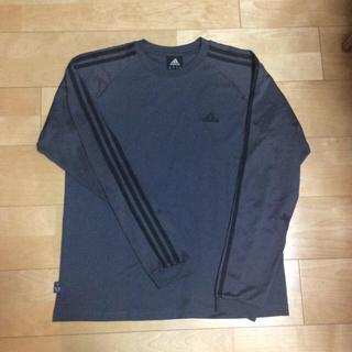 アディダス(adidas)のアディダスの長袖Tシャツ(Tシャツ(長袖/七分))