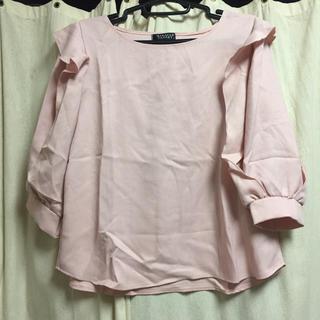 シマムラ(しまむら)のしまむら ピンク フリルトップス(シャツ/ブラウス(半袖/袖なし))