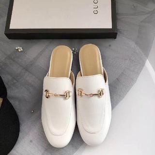 ec1073b2fd5f グッチ(Gucci)の新品 プリンスタウン♡レザースリッパ ホワイト(スリッポン/モカシン