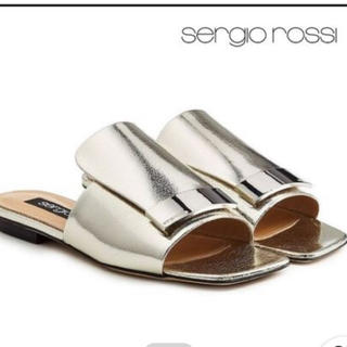 セルジオロッシ(Sergio Rossi)のsergio rossi セルジオロッシ se1 フラットサンダルシルバーヒール(サンダル)