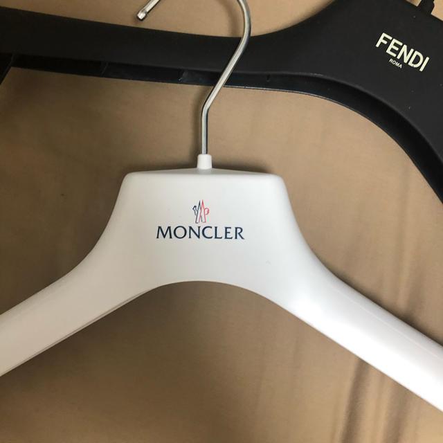 MONCLER(モンクレール)のハンガー セット インテリア/住まい/日用品の収納家具(押し入れ収納/ハンガー)の商品写真