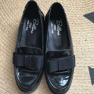 ディエゴベリーニ(DIEGO BELLINI)のリボンローファー DIEGO BELLINI ディエゴベリーニ 22.5 35 (ローファー/革靴)