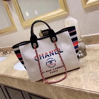 シャネル(CHANEL)のシャネル。てさげ袋。買い物袋ビーチバッグ(ショップ袋)