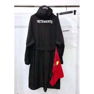 Vetements トレンチコート Oversize男女兼用デザイン(トレンチコート)