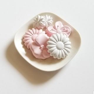 オリジナル(Original)の《期間限定価格》お花のアロマストーン(アロマ/キャンドル)
