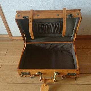 【えみい様専用】トランク☆鍵付き☆お取扱い説明書付き(スーツケース/キャリーバッグ)
