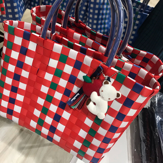 ファミリア(familiar)の即購入可能♡familiar PPバンド編みバッグ ファミリアショー かごバッグ(レッスンバッグ)