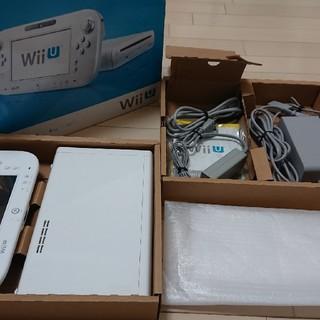 ウィーユー(Wii U)の即決可・送料無料・wiiU ベーシックセット・完品(家庭用ゲーム本体)