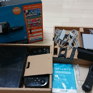 ウィーユー(Wii U)の即決可・送料無料・wiiU ファミリープレミアムブラックセット(家庭用ゲーム本体)