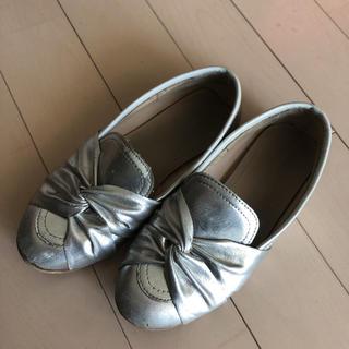 ザラキッズ(ZARA KIDS)のザラキッズ ローファー シルバー 靴 女の子 29 18㎝ 5歳 おしゃれ(ローファー)