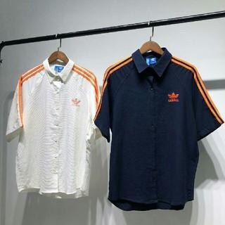アディダス(adidas)の◆新品◆Adidas大人気のチェックシャツ レディース2色選択可能です(Tシャツ(半袖/袖なし))