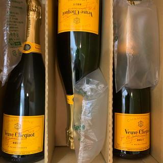 ドンペリニヨン(Dom Pérignon)の限界最安値ヴーヴ・クリコ  イエローラベルブリュット6本セット(シャンパン/スパークリングワイン)