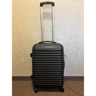 ☆新品☆ 軽量スーツケースSボーダー柄伸縮ハンドル 2段階ブラック(スーツケース/キャリーバッグ)