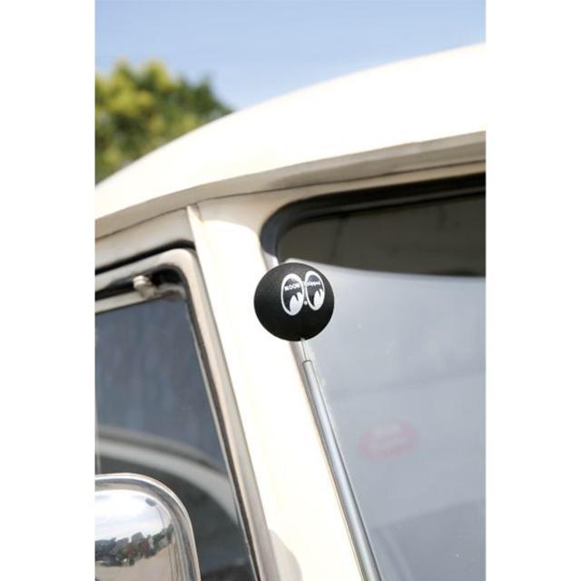 正規品 MOONEYES アンテナボール ブラック MG015BK 自動車/バイクの自動車(車外アクセサリ)の商品写真