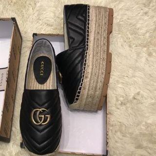 グッチ(Gucci)のグッチ ローファー サイズ35(ローファー/革靴)