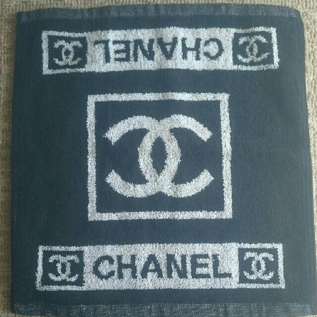 CHANEL(シャネル)の新品☆フェイスタオル レディースのファッション小物(ハンカチ)の商品写真