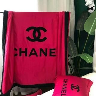 シャネル(CHANEL)の新品未使用最新の春夏物、季節chanelの春の夏布団(布団)