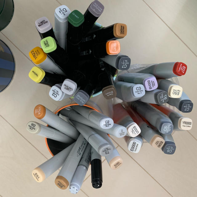 TOOLS(ツゥールズ)のコピックとバリオスインク まとめて エンタメ/ホビーのアート用品(カラーペン/コピック)の商品写真