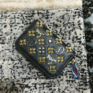 クリスチャンルブタン(Christian Louboutin)のCHRISTIAN LOUBOUTIN短財布(財布)