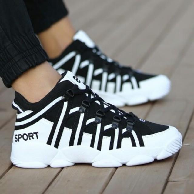 メンズ スニーカー 厚底 メンズ スポーツシューズ ブラック メンズの靴/シューズ(スニーカー)の商品写真