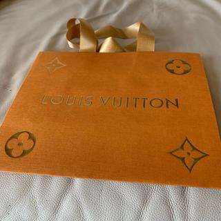 ルイヴィトン(LOUIS VUITTON)の大きなヴィトンショップ袋(ショップ袋)