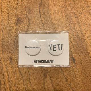 アタッチメント(ATTACHIMENT)の新品未開封 ATTACHMENT缶バッチ(その他)