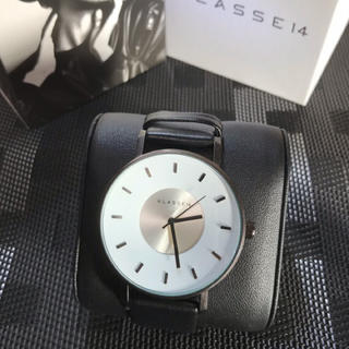 ダニエルウェリントン(Daniel Wellington)のklasse14 42㎜ホワイトメンズレディース 即購入ok(腕時計(アナログ))