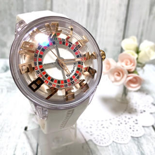 Tendence - 【希少】Tendence テンデンス キングドーム ホワイト 腕時計 ぐるぐる