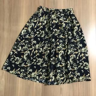 ジーユー(GU)のGU 花柄 フレアスカート(ひざ丈スカート)