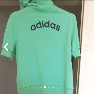 アディダス(adidas)のadidas アディダス レディースM 半袖 パーカー スウェット(Tシャツ(半袖/袖なし))