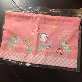 ファミリア(familiar)の☆ファミリア☆お弁当袋☆新品(ランチボックス巾着)