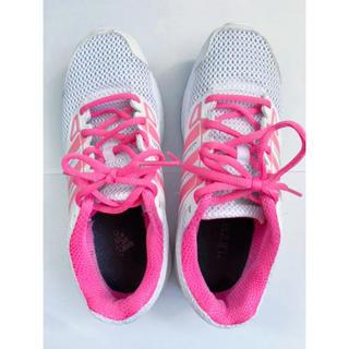 アディダス(adidas)のadidas ランニングシューズ スニーカー23.5cm(シューズ)