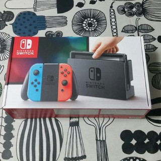 ニンテンドースイッチ(Nintendo Switch)の新品未開封 SWITCH ネオンレッドブルー 保証印無し(その他)