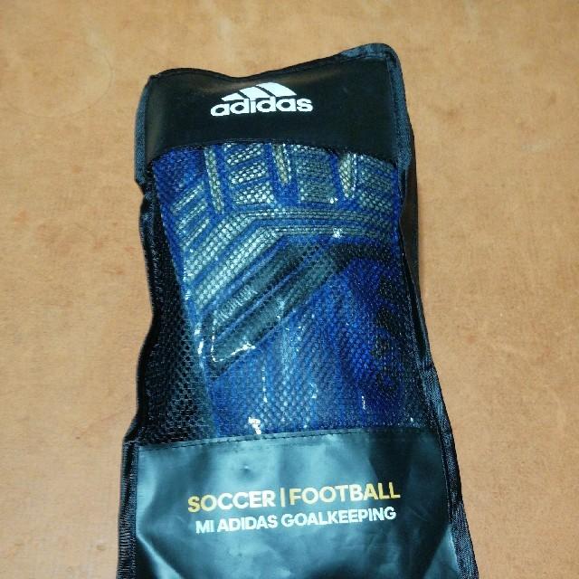 adidas(アディダス)の日本未発売アディダスGKグローブ プレデタープロロールフィンガー9号 スポーツ/アウトドアのサッカー/フットサル(記念品/関連グッズ)の商品写真