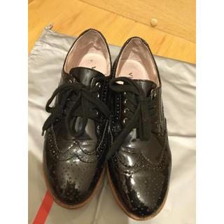 トゥモローランド(TOMORROWLAND)のVELETTO ウィングチップ  ローファー(ローファー/革靴)