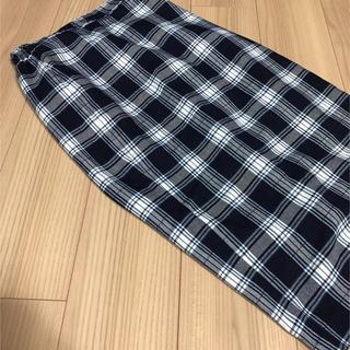 ジーユー(GU)のチェックスカート ひざ下丈 Lサイズ GU(ひざ丈スカート)