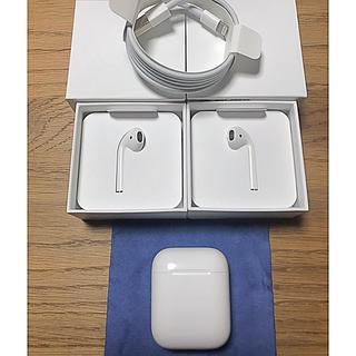 アップル(Apple)の新品・交換日 AirPods MMEF2J/A   ※旧モデル Apple正規品(ヘッドフォン/イヤフォン)
