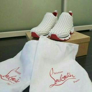 クリスチャンルブタン(Christian Louboutin)のルブタンスパイク靴下メンズフラット/ホワイト スニーカー スタッズ😍(スニーカー)