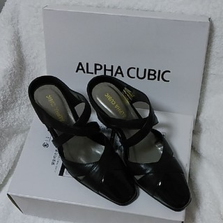 アルファキュービック(ALPHA CUBIC)のALPHA CUBIC レザークロスベルトミュール(ミュール)