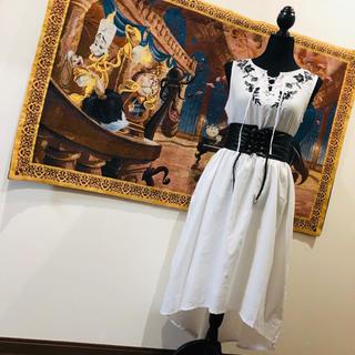 ザラ(ZARA)のレースアップ 刺繍 ノースリーブ アシンメトリー ワンピース ドレス(ロングドレス)