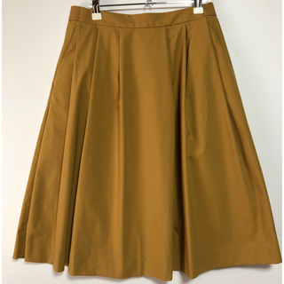 ユニクロ(UNIQLO)のUNIQLO ユニクロ  フレアスカート Lサイズ(ひざ丈スカート)