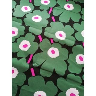 マリメッコ(marimekko)のマリメッコ marimekko ピンク グリーン キャンバス ウニッコ 花柄(生地/糸)