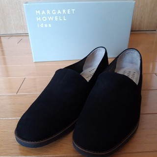 マーガレットハウエル(MARGARET HOWELL)のMARGARET HOWELL 新品ローファー ブラック 23.5cm (ローファー/革靴)