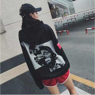 本日限定 ピエロ パーカー 男女兼用 ユニセックス 赤/黒 韓国ファッション (パーカー)