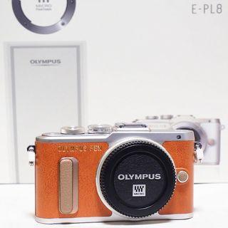 オリンパス(OLYMPUS)の限界値下げ? 未使用に近い ミラーレス一眼カメラ PEN E-PL8(ミラーレス一眼)