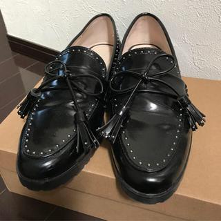 ザラ(ZARA)のZARA BASIC スタッズローファー 37 (ローファー/革靴)