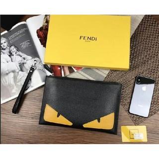 フェンディ(FENDI)のFENDI 超美品 ファッションマッチ バッグを手に持つ (トートバッグ)