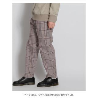 ニコアンド(niko and...)の【今季】未使用 チェックテーパードパンツ ベージュ L(チノパン)