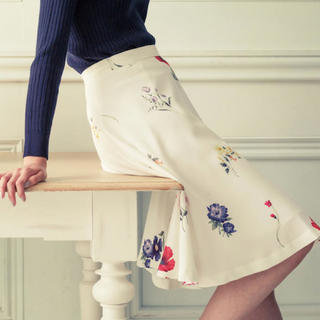 ミッシュマッシュ(MISCH MASCH)のミッシュマッシュ クラシックボタニカルスカート(ひざ丈スカート)