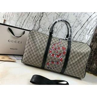 グッチ(Gucci)のGUCCI トラベル バッグ スネーク 財布 ショルダーバッグ(トラベルバッグ/スーツケース)